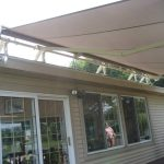 retractable_roof_mount_awning